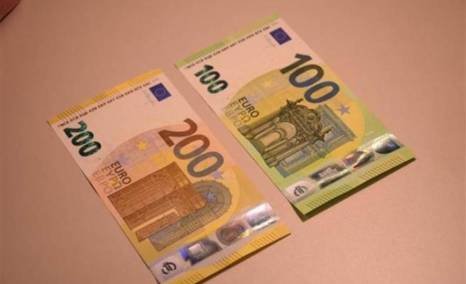 Yeni 100 ve 200 euroluk banknotlar tedavülde