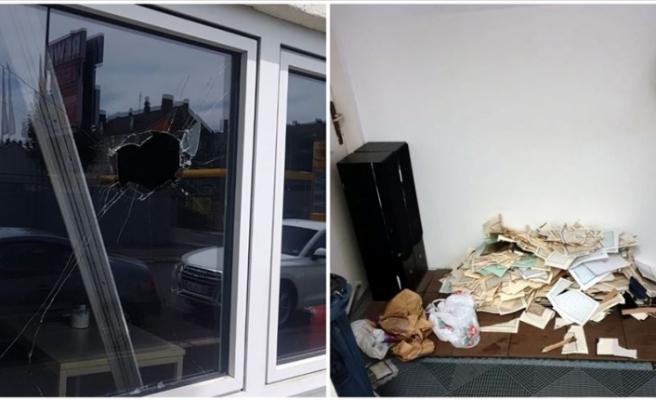 Almanya'da iki farklı camiye saldırı