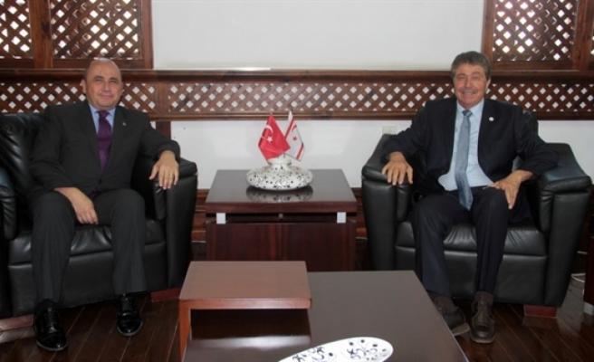 Bakan Üstel, Büyükelçi'yi kabul etti