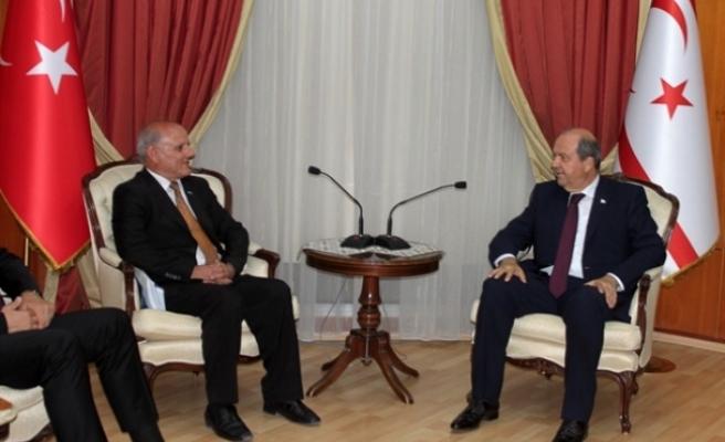 Başbakan Ersin Tatar, İsmet Özer Balta'yı kabul etti