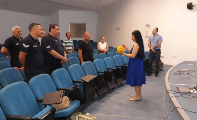 Cezaevi çalışanlarına yönelik eğitim programı