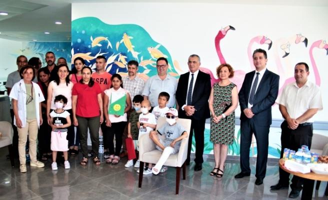 Çocuk Onkoloji Servisi'nde tedavi gören öğrenciler karnelerini aldı