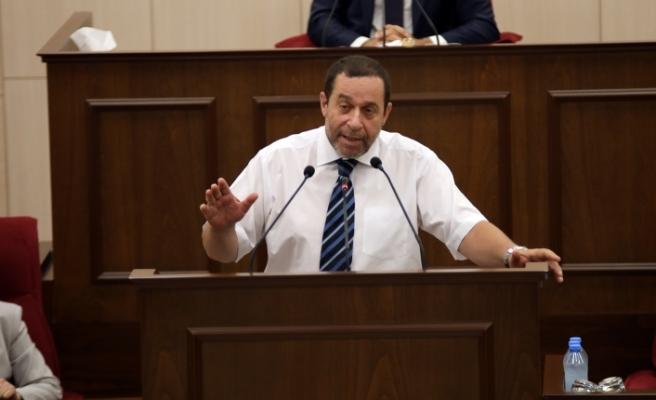 """Denktaş: """"Meclis, Cumhurbaşkanlığını görüşmecilik görevinden alır diye bir usul yoktur"""""""