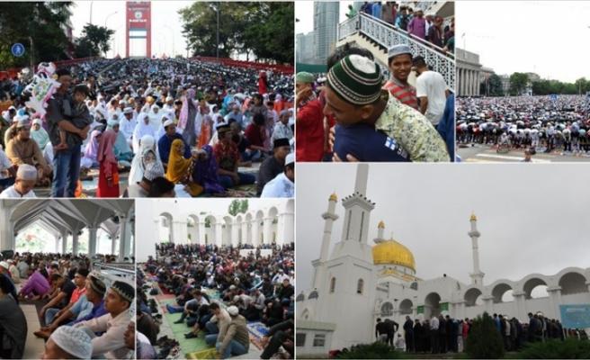 Dünya'nın bazı ülkeleri Ramazan Bayramı'na bugün başladı
