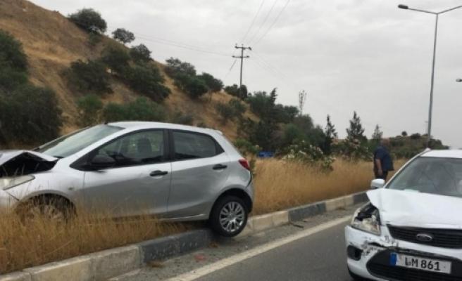 Lefkoşa – Girne anayolunda iki ayrı kaza!