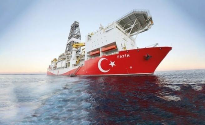 Rum Yönetimi'nden Türkiye'ye yaptırım uygulama mücadelesi