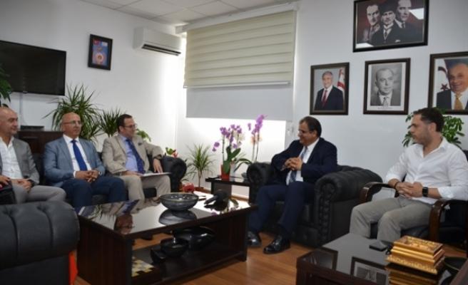 Sucuoğlu, Turgay Deniz başkanlığındaki Kıbrıs Türk Ticaret Odası yetkililerini kabul etti