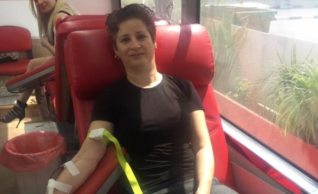 Telsim çalışanları kan bağışı yaptı