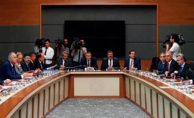 Türkiye'de sporda şiddetin önlenmesine ilişkin teklif komisyonda kabul edildi...İşte detaylar