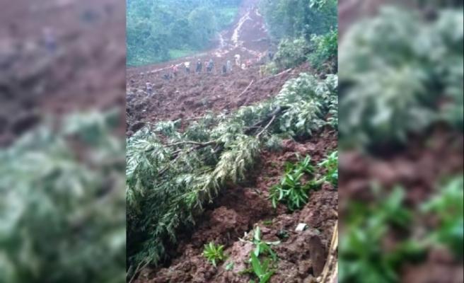 Uganda'da toprak kayması nedeniyle en az 5 kişi hayatını kaybetti.
