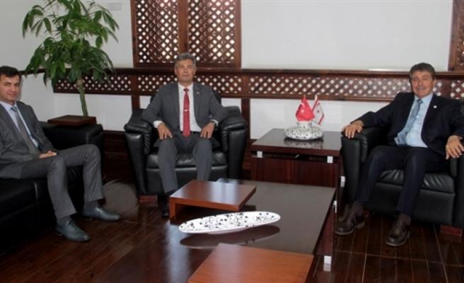 Üstel, Sivil Savunma Başkanı Karakoç'u kabul etti