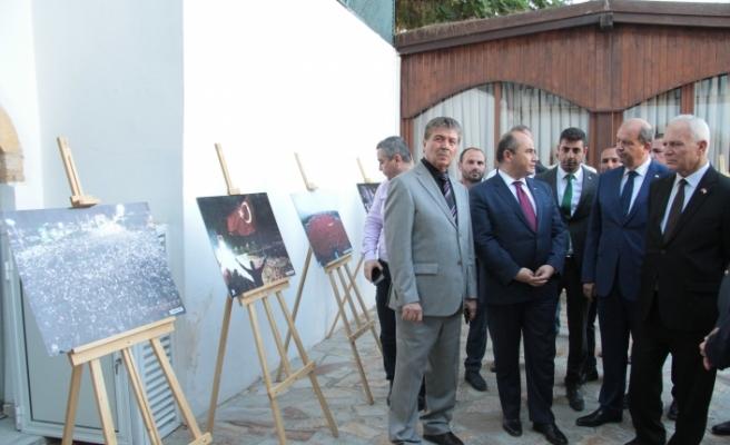 15 Temmuz Segisi Yunus Emre Enstitüsü'nde açıldı