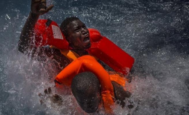 Akdeniz'de 686 düzensiz göçmenin hayatını kaybetti