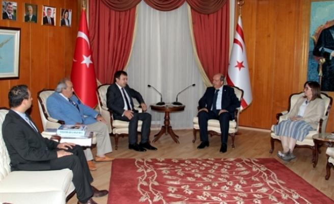 Başbakan,Türkiye Belediyeciler Birliği heyeti ile görüştü