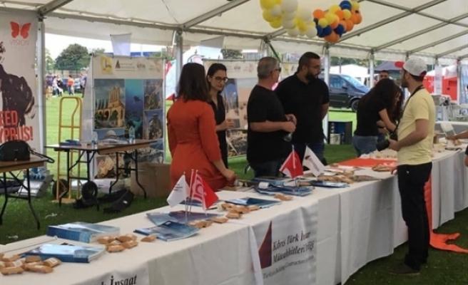 Ekonomik Örgütler Platformu, Londra'da 'Kıbrıs Türk Kültür Festivali'ne katıldı