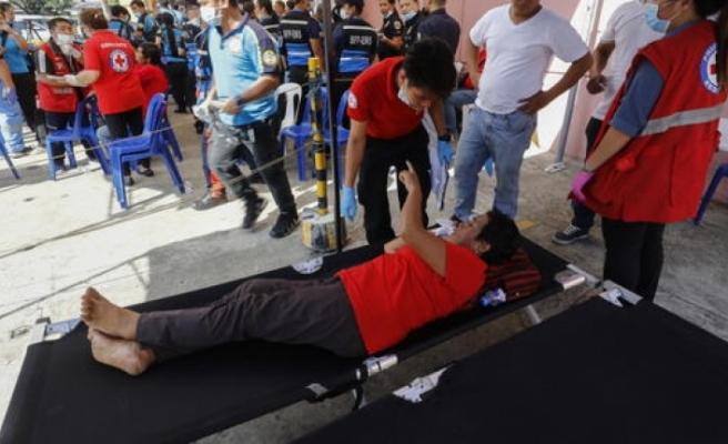 Imelda Marcos'un doğum günü için düzenlenen etkinlik hastanelik etti