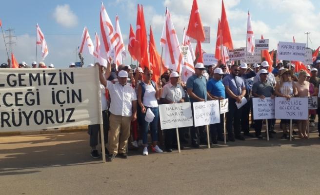 Karpaz halkından Lefkoşa'ya yürüyüş