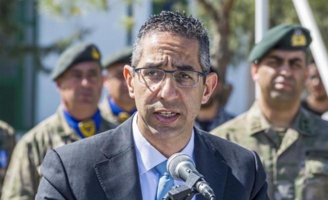 """Rum Savunma Bakanı: """"Kıbrıs bir savaş bölgesinde değil"""""""