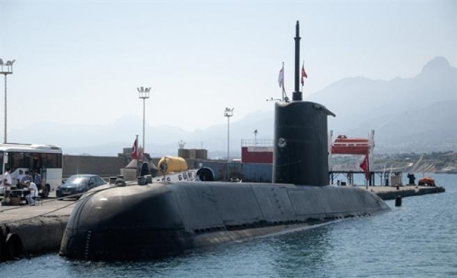 S-352 Denizaltısı halkın ziyaretine açıldı