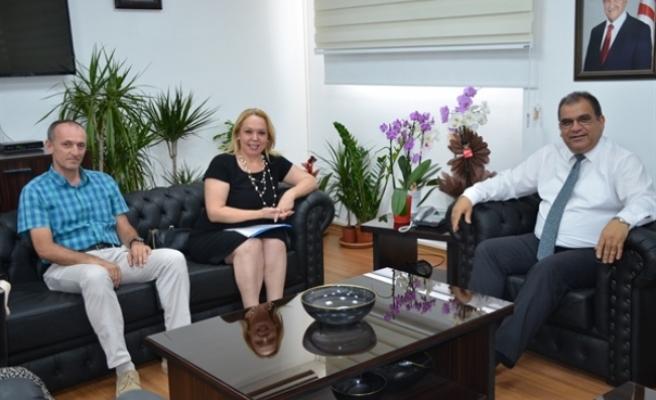 Sucuoğlu, KKTC Mobbing ile Mücadele Derneği temsilcilerini kabul etti
