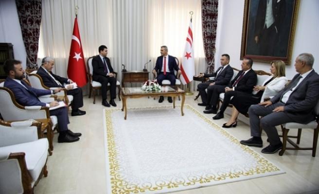 Uluçay, Türkiye'den Demokrat Parti Genel Başkanı Uysal'ı kabul etti
