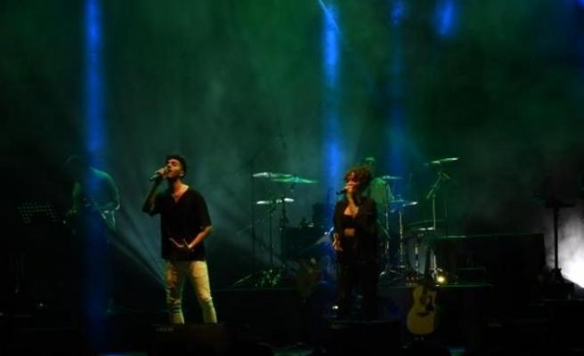 14 ünlü sanatçı, Emine Bulut'un kızına destek için konser verdi