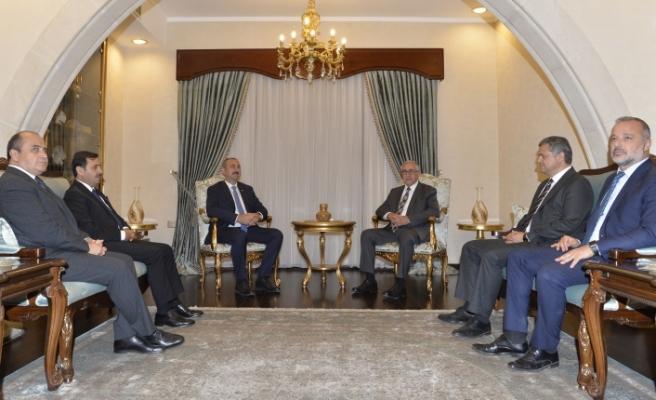 Akıncı, Türkiye Adalet Bakanı Gül'ü kabul etti