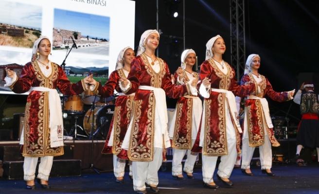 Alsancak'ta Deniz Festivali sürüyor