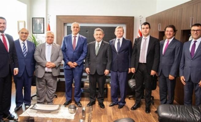 Ekonomi Bakanı Taçoy, Turkcell yönetim kurulu ile görüştü