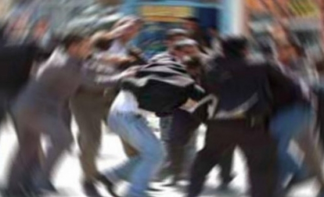 Girne'de kavga… 1 kişinin burnu kırıldı