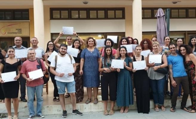 İki dilli yunanca ve Türkçe kursları ile çeviri atölyeleri tamamlandı