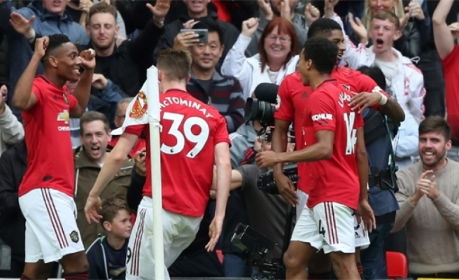 ManU, Chelsea'ye gol yağdırdı