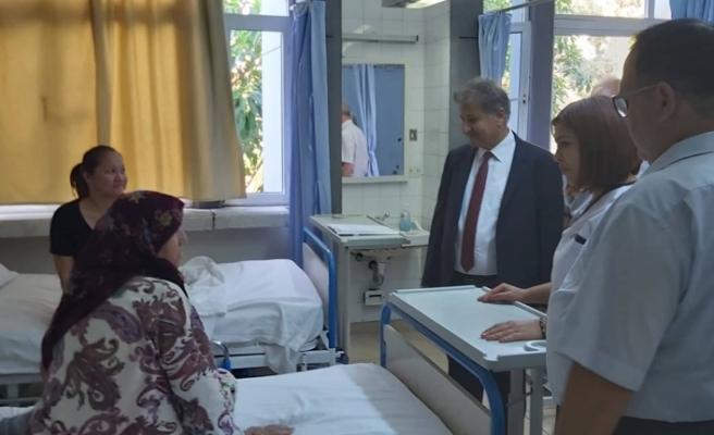 Sağlık Bakanı Pilli'den bayram ziyaretleri