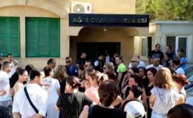 Tapu çalışanları teminatla serbest bırakıldı