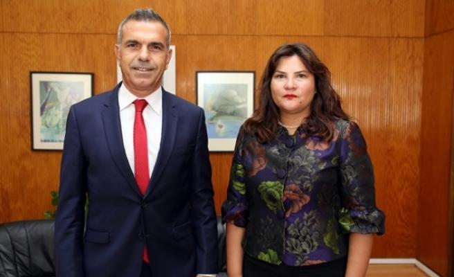 Uluçay, İstanbul Konsolosluğuna atanan Çınar'ı kabul etti