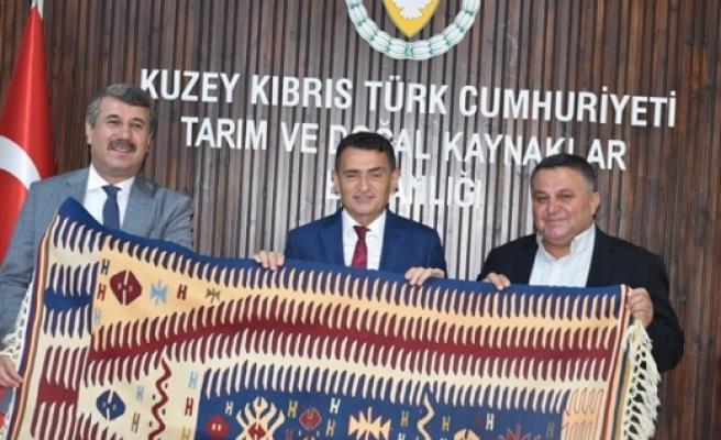 Bakan Oğuz, Anamur Belediye Başkanı ile görüştü