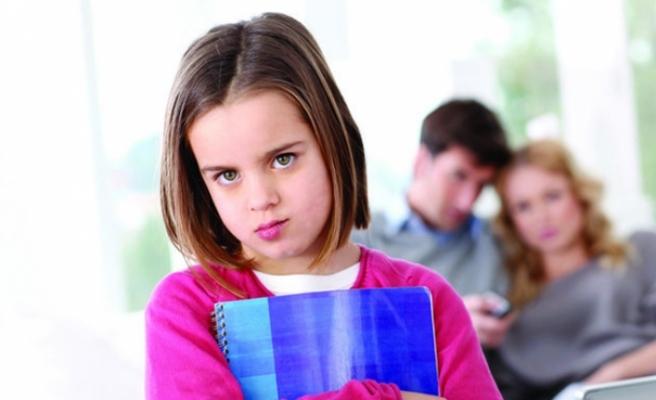 """Çocuklarda """"erteleme"""" davranışı"""