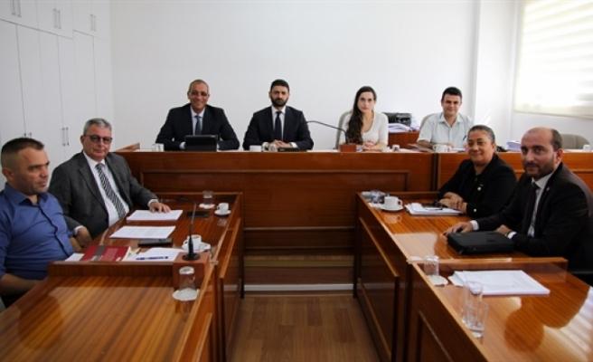 Ekonomi, maliye, bütçe ve plan komitesi kamu mali yönetimi ve kontrol yasa tasarısı'nı onayladı