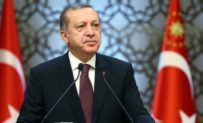 """Erdoğan'dan """"AB ile vize serbestisi diyaloğu süreci hızlandırın"""" genelgesi"""