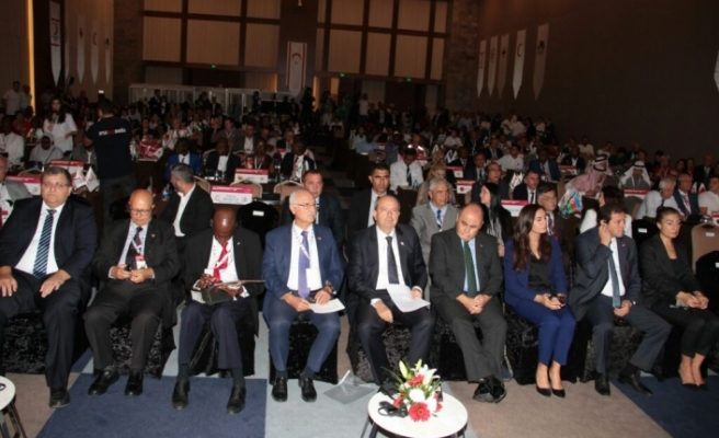 Kuzey Kıbrıs Türk Kızılayı Dostları Grubu'nun toplantısı başladı