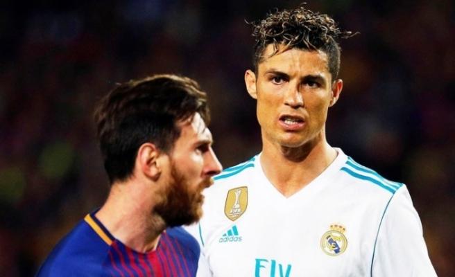 """Ronaldo: """"Messi futbol tarihine geçti ama ben onun üstünde yer almalıyım"""""""