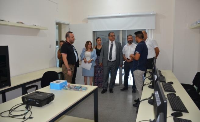 Sucuoğlu'ndan Gençlik Gelişim Merkezi  ve Gençlik Evi'ne ziyaret