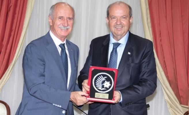 Tatar, KKTC ve TC Üniversite Sporları Federasyonu heyetlerini kabul etti