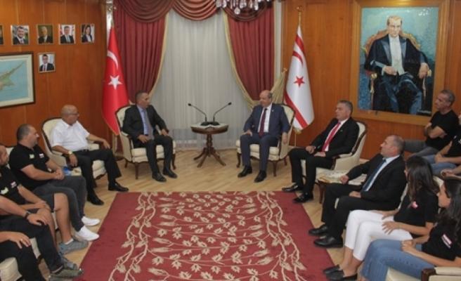Tatar, KKTOK Başkanı Tigin Kişmir ve heyetini kabul etti