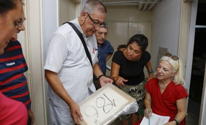Türk ve Rum tarafı karşılıklı tablo ve kayıt iadesi yaptı