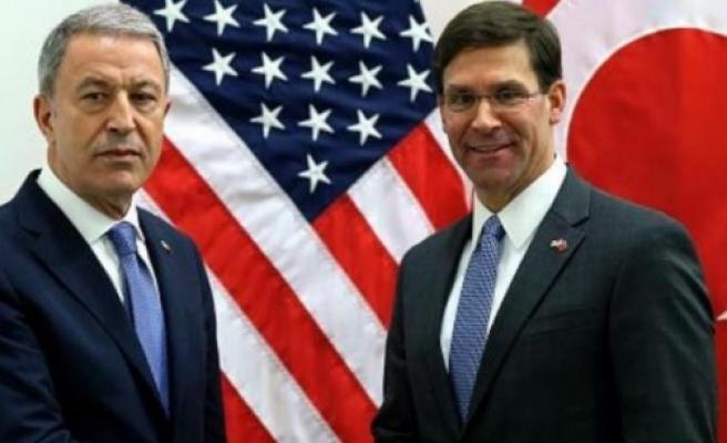 Akar, ABD Savunma Bakanı Mark Esper ile görüştü