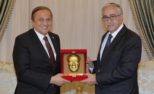 Akıncı, CHP Genel Başkan Yardımcısını kabul etti
