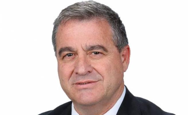 Büyükyılmaz,  Akıncı'yı, Türkiye Cumhuriyeti yetkililerine yönelik açıklamalarından dolayı eleştirdi