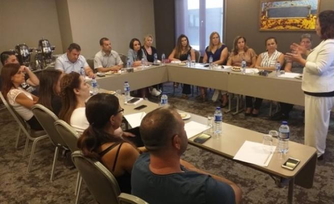 Hak Sen üyelerine İstanbul'da eğitim