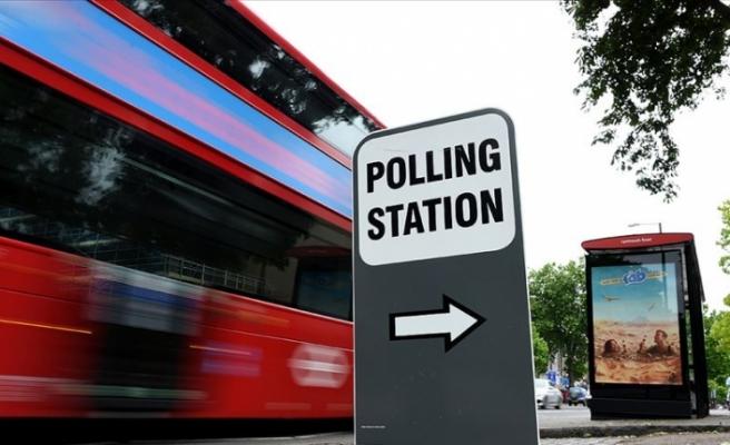 İngiltere'de erken seçim yeni krizlere gebe